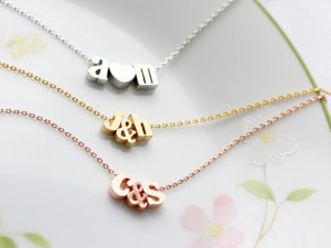 initial-necklaces