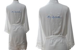 white-coton-robe-for-bride